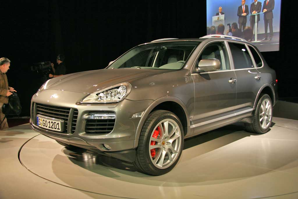 2008 porsche cayenne pictures photos gallery motorauthority. Black Bedroom Furniture Sets. Home Design Ideas