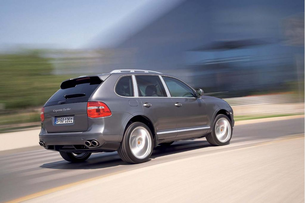 porsche unveils 2008 cayenne facelift. Black Bedroom Furniture Sets. Home Design Ideas