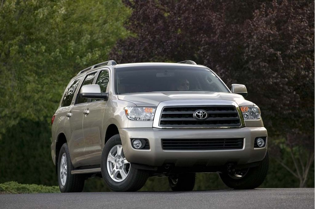 2008 toyota sequoia pictures photos gallery motorauthority. Black Bedroom Furniture Sets. Home Design Ideas