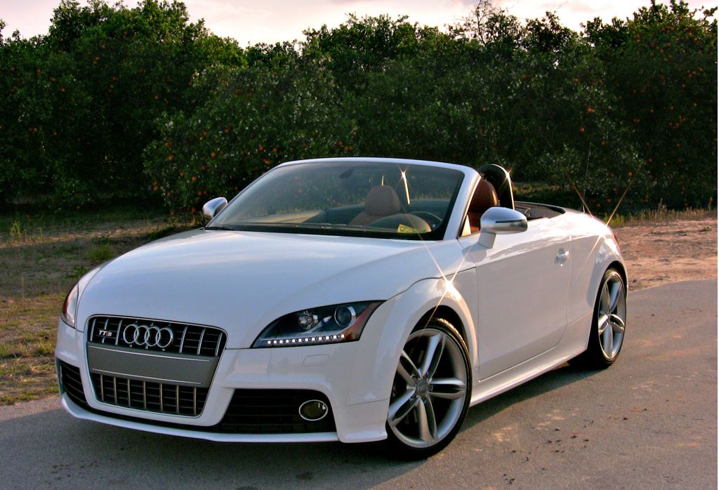 top cars audi tts roadster 2011. Black Bedroom Furniture Sets. Home Design Ideas