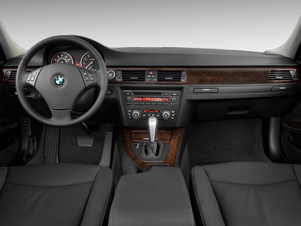 Image 2009 Bmw 3 Series 4 Door Sedan 328i Rwd Dashboard