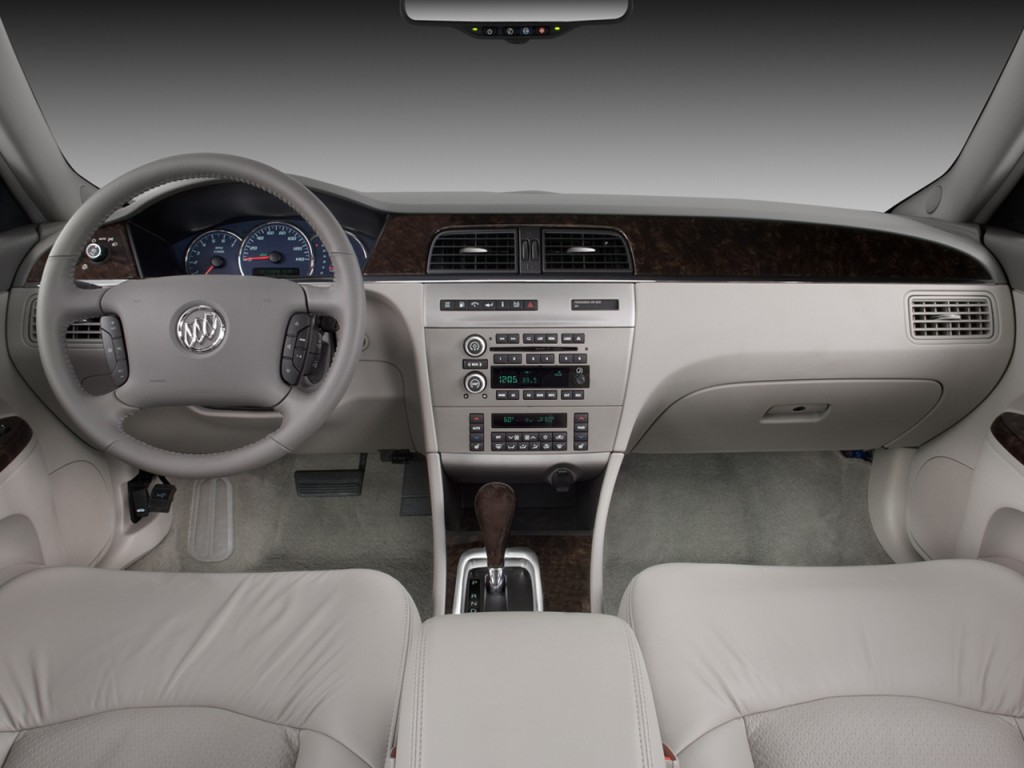 Image 2009 Buick LaCrosse 4 door Sedan Super Dashboard