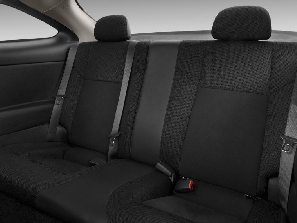 image 2009 chevrolet cobalt 2 door coupe ss rear seats. Black Bedroom Furniture Sets. Home Design Ideas