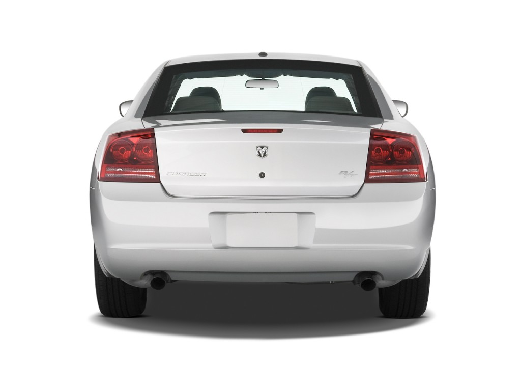 image 2009 dodge charger 4 door sedan r t rwd rear. Black Bedroom Furniture Sets. Home Design Ideas