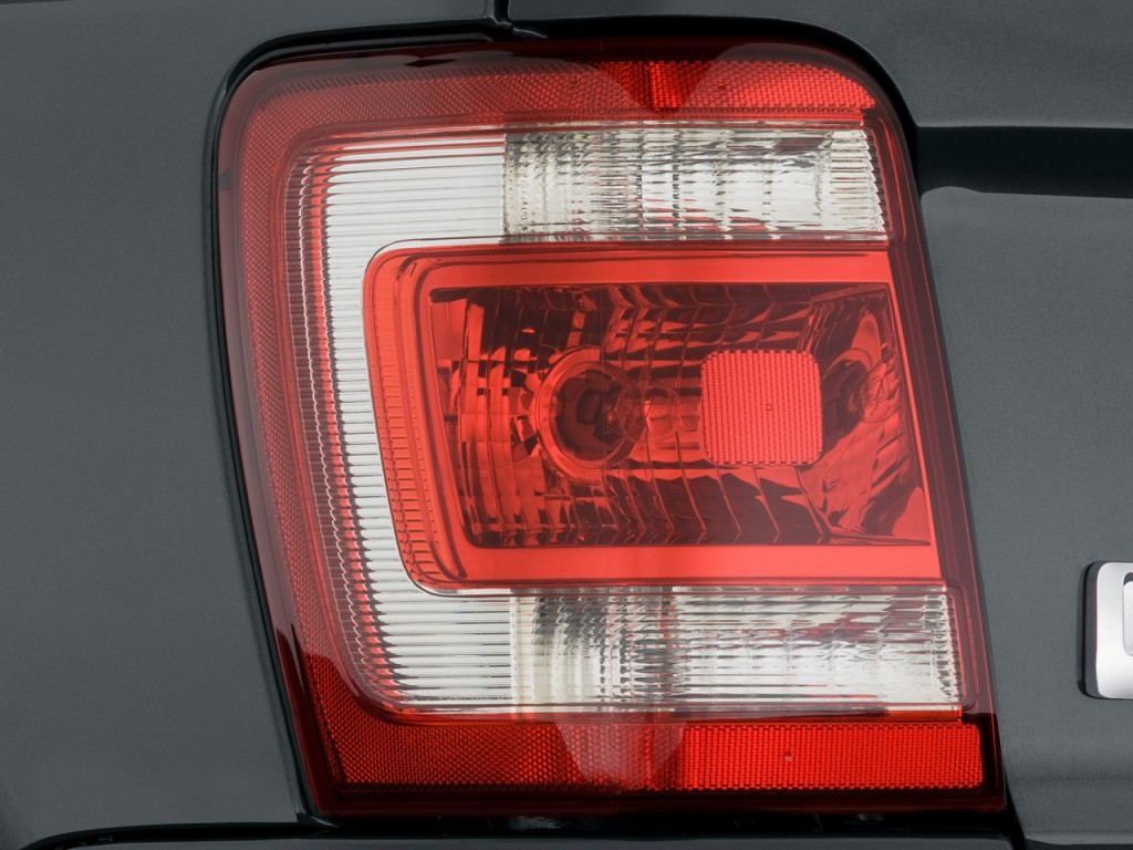 Tail Light - 200...2009 Ford Escape Xlt Battery Light Stays On