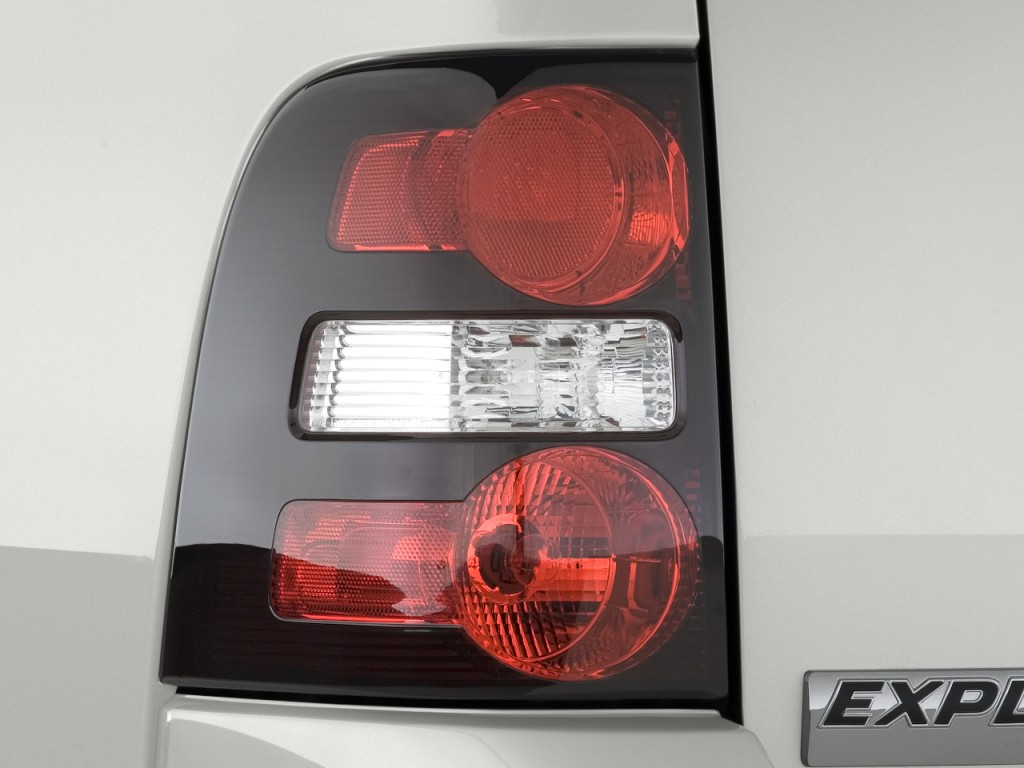 image 2009 ford explorer rwd 4 door v6 xlt tail light size 1024 x. Black Bedroom Furniture Sets. Home Design Ideas