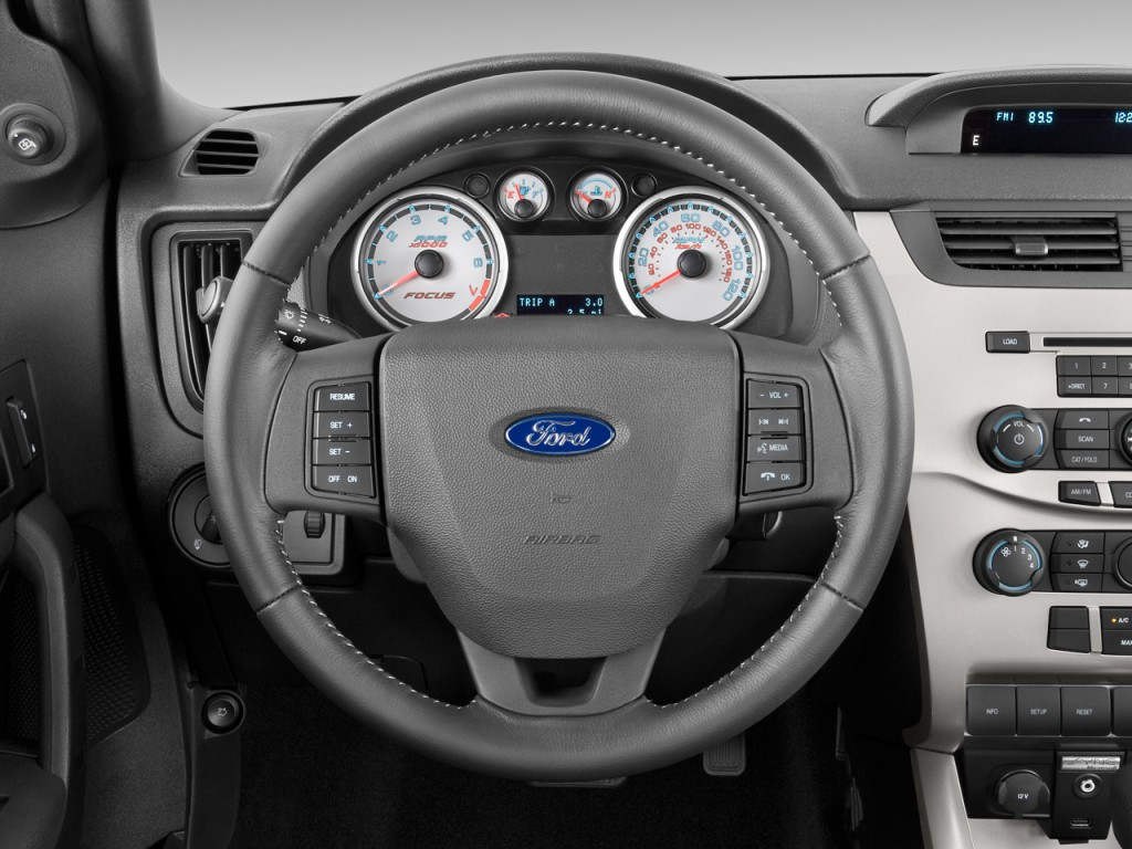 image 2009 ford focus 2 door coupe se steering wheel size 1024 x - Ford Focus 2009 Black
