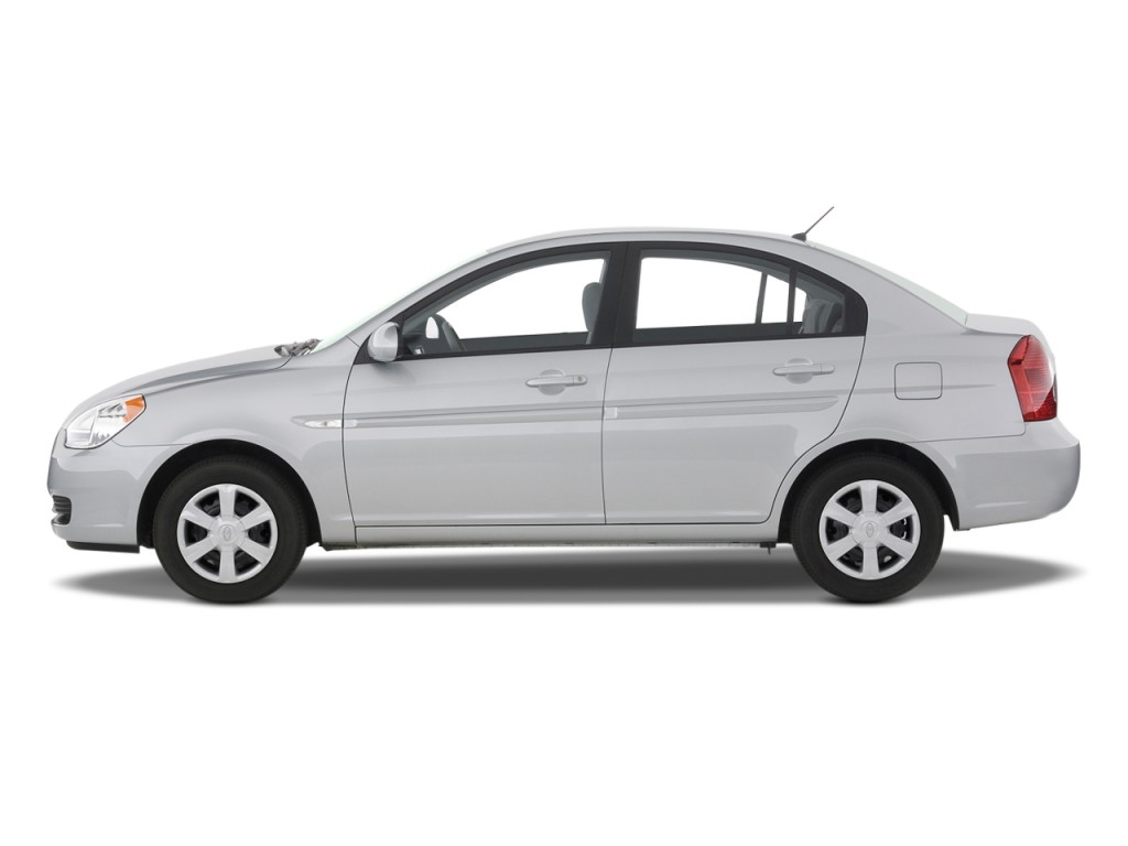 2009 hyundai accent pictures photos gallery green car. Black Bedroom Furniture Sets. Home Design Ideas
