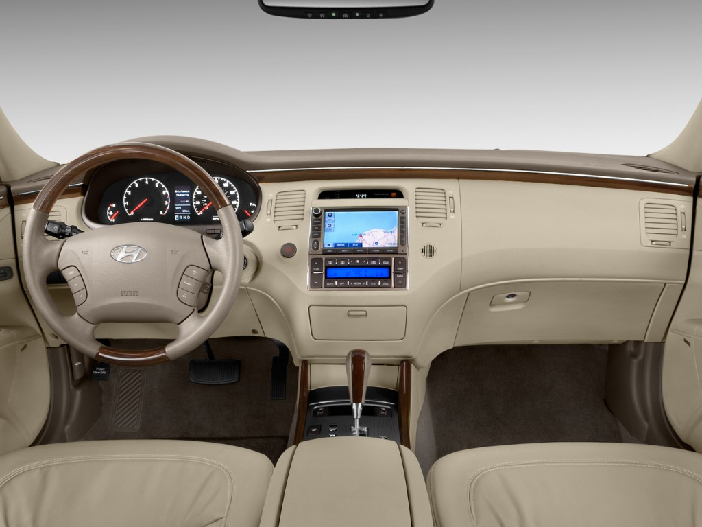 2009 hyundai azera pictures photos gallery motorauthority. Black Bedroom Furniture Sets. Home Design Ideas