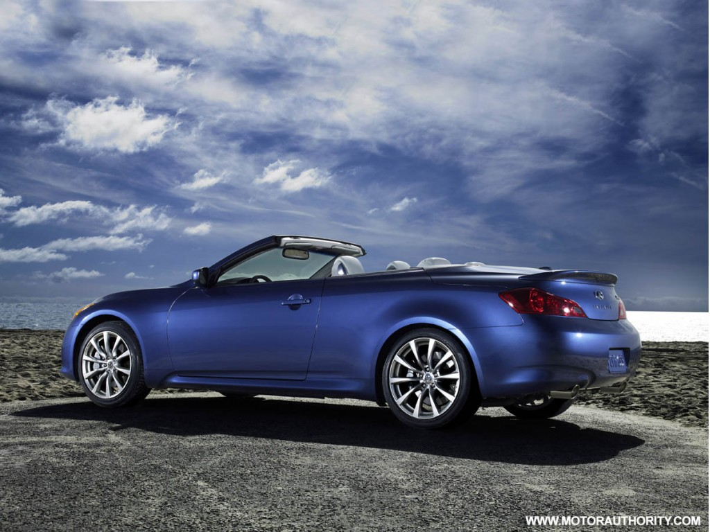 infiniti g37 convertible on sale for official start of summer. Black Bedroom Furniture Sets. Home Design Ideas