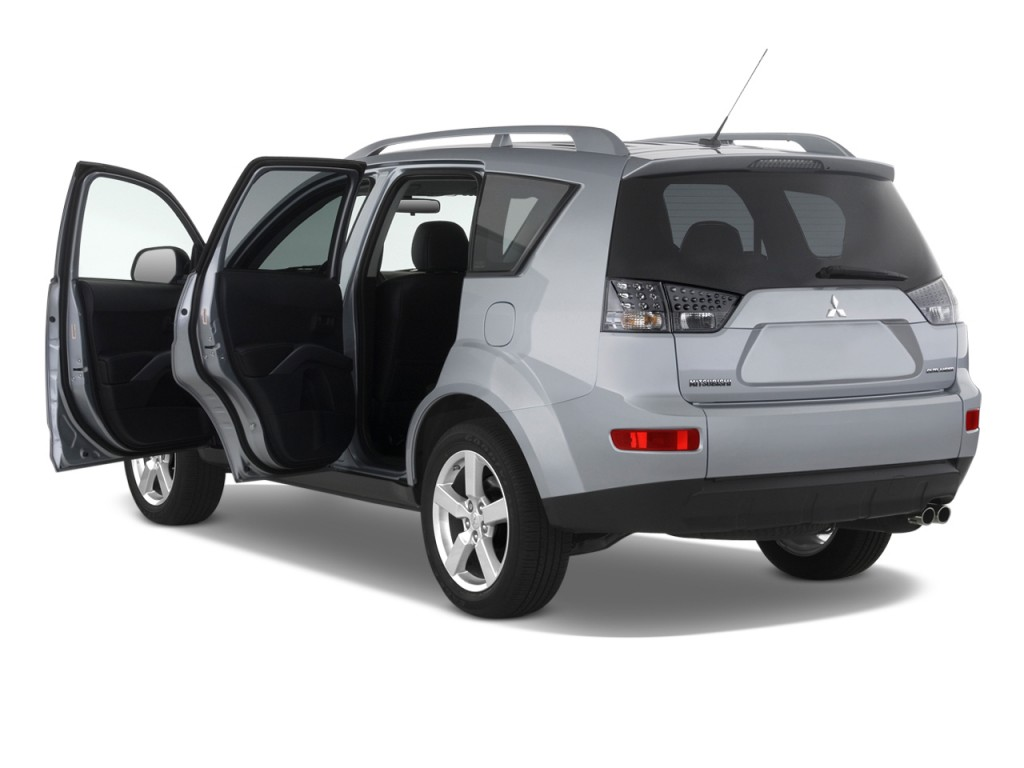 image 2009 mitsubishi outlander 2wd 4 door se open doors. Black Bedroom Furniture Sets. Home Design Ideas