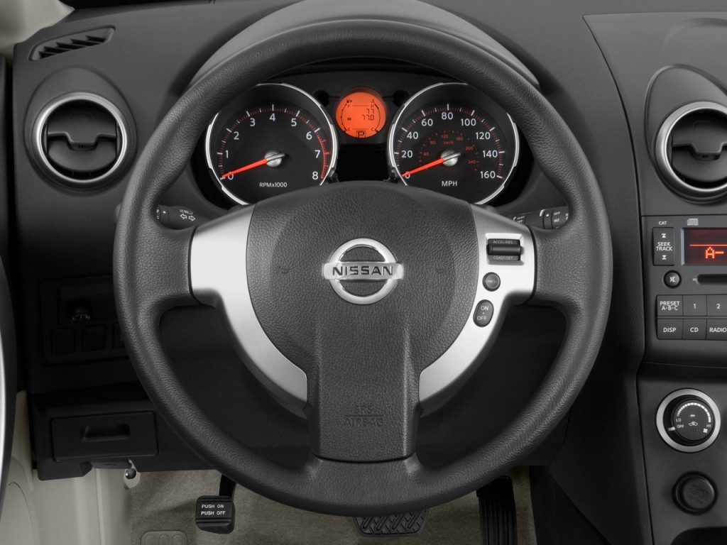 2009 Nissan Rogue FWD 4 door S Steering Wheel