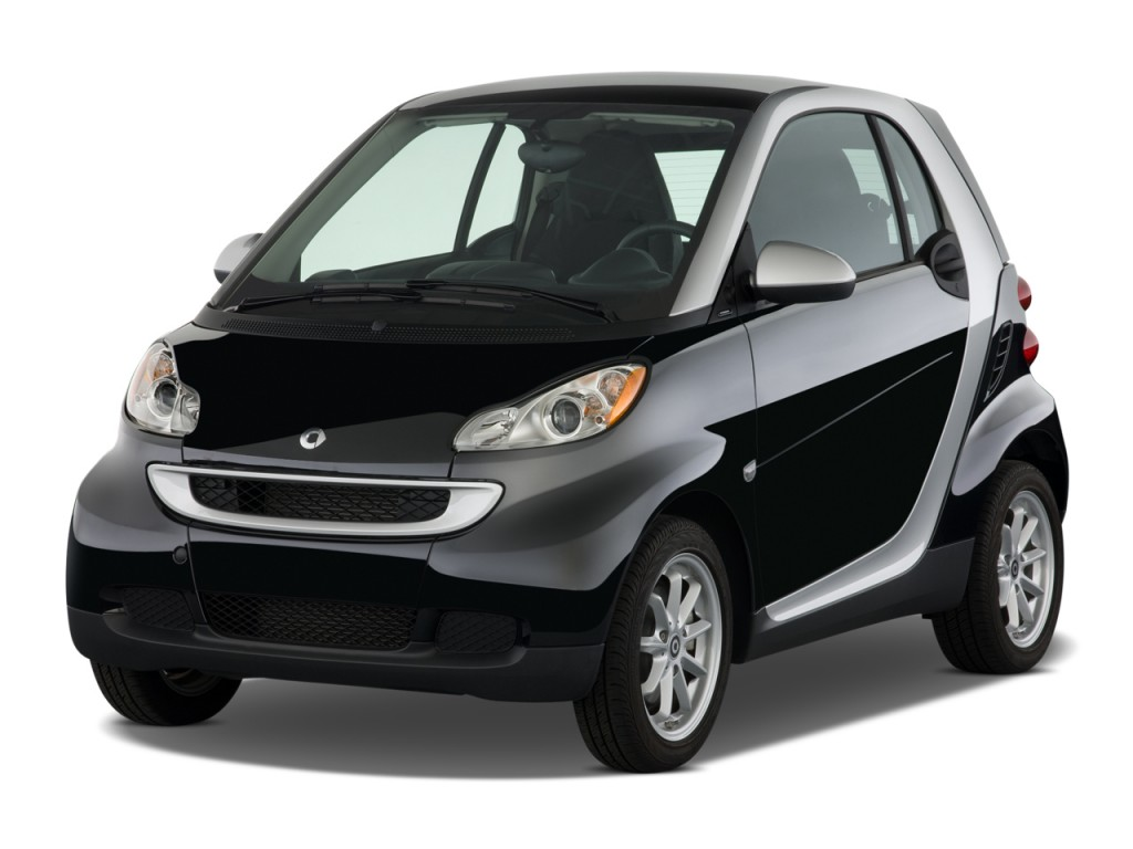 2009 smart fortwo 2 door coupe passion angular front exterior view. Black Bedroom Furniture Sets. Home Design Ideas