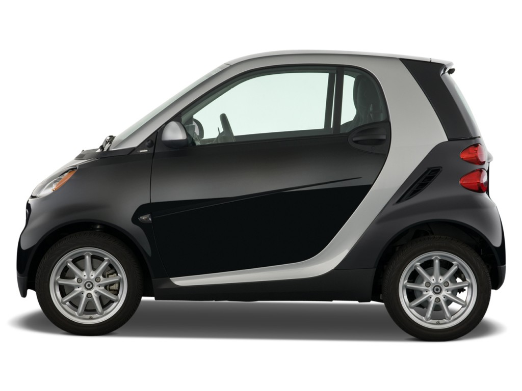 Image 2009 smart fortwo 2 door coupe passion side for Door 2 door cars