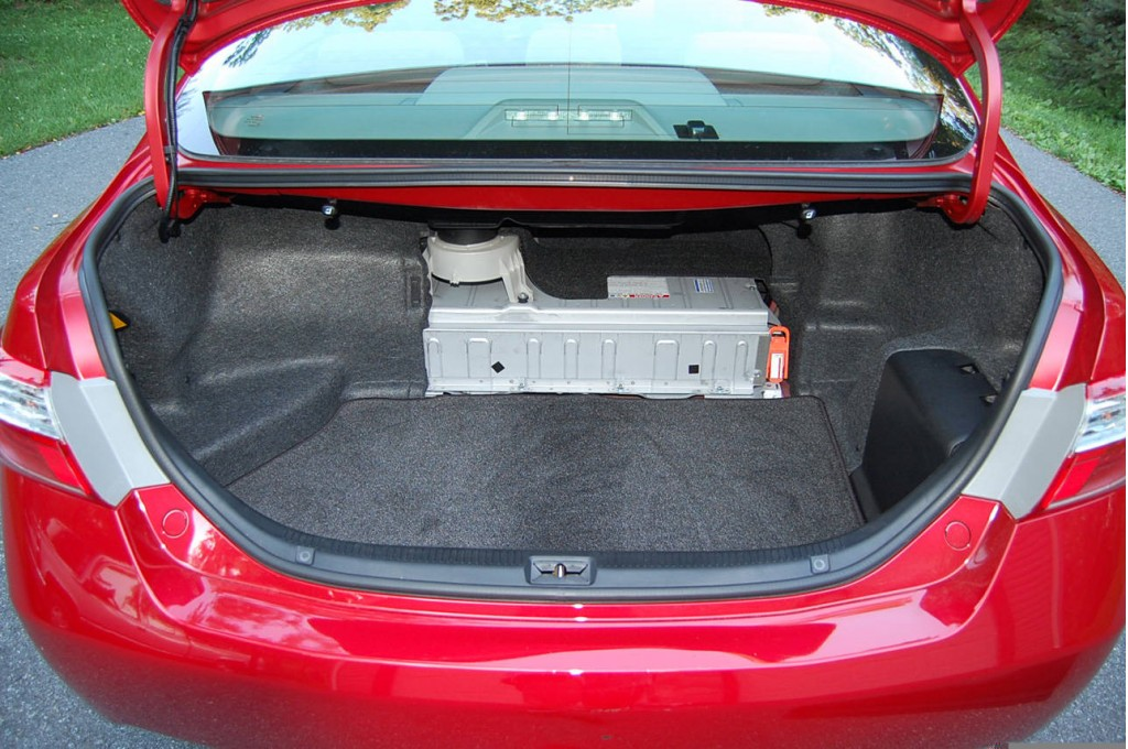 Image Nickel Metal Hydride Hybrid Battery Pack In Trunk