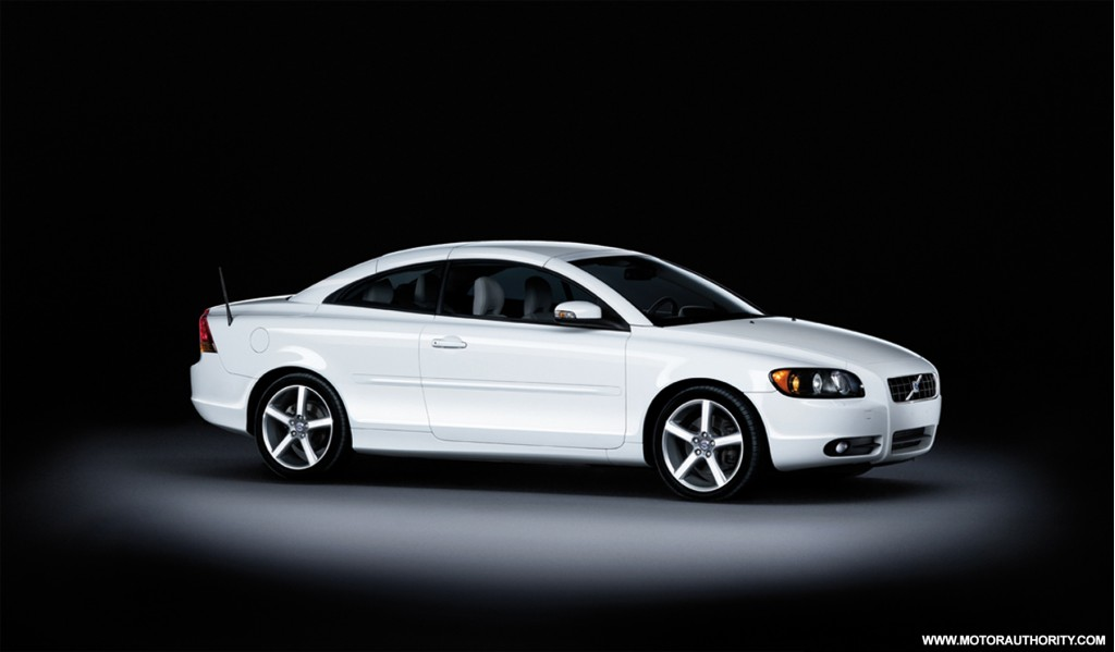 Ice White C70 Volvo Unveils A New Special Edition