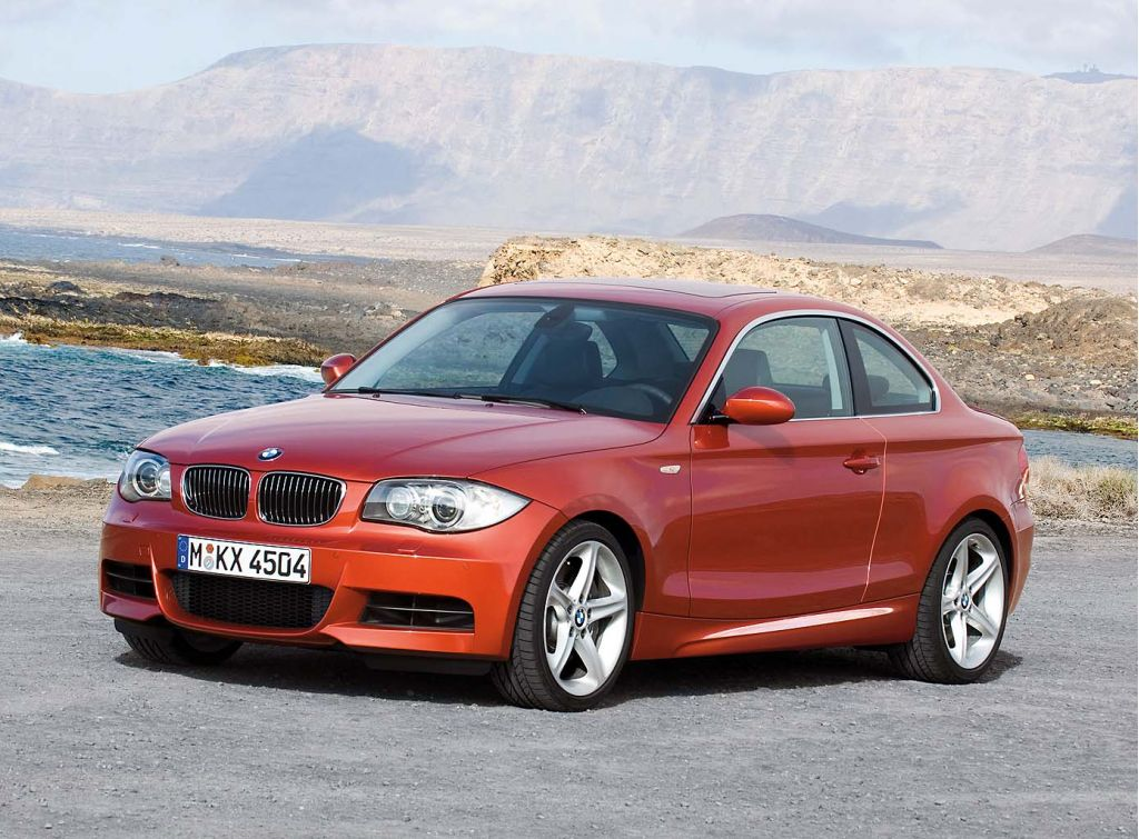 2009 bmw 1 series pictures photos gallery motorauthority. Black Bedroom Furniture Sets. Home Design Ideas