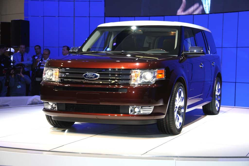 2009 ford flex pictures photos gallery green car reports. Black Bedroom Furniture Sets. Home Design Ideas