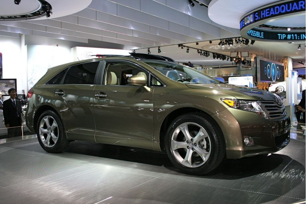 2009 toyota venza pictures photos gallery motorauthority. Black Bedroom Furniture Sets. Home Design Ideas
