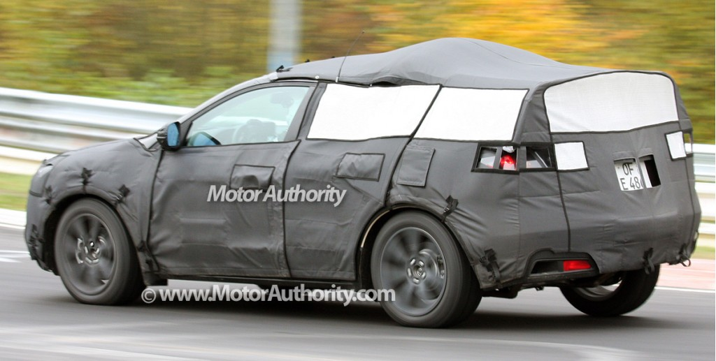 spy shots acura crossover caught testing at the ring. Black Bedroom Furniture Sets. Home Design Ideas