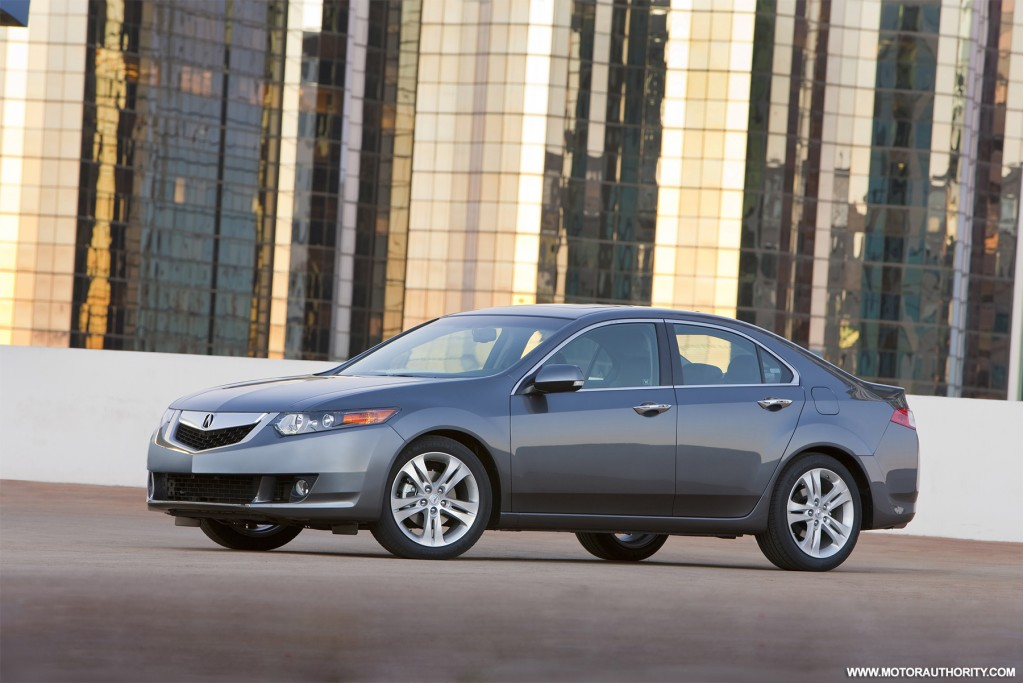 best family luxury small sedans 2010 acura tsx. Black Bedroom Furniture Sets. Home Design Ideas