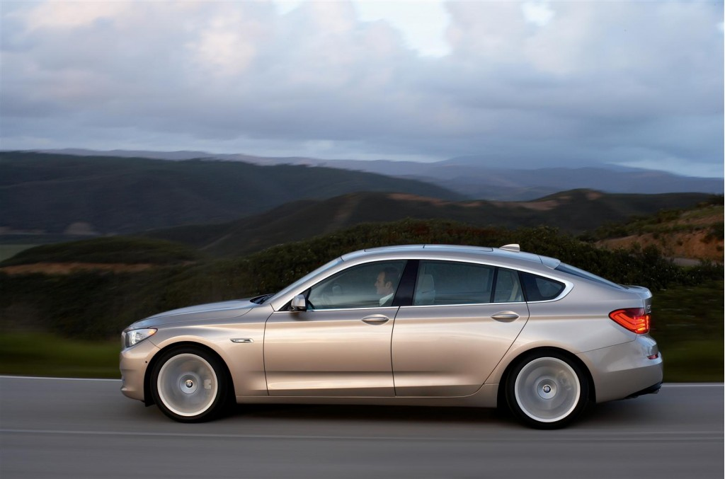 bmw 5 series 6 series m5 m6 recalled for battery flaw updated. Black Bedroom Furniture Sets. Home Design Ideas