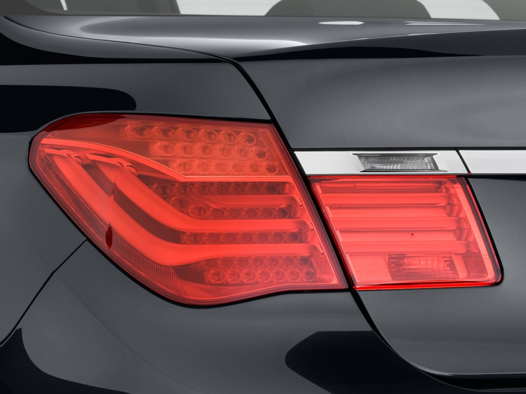 Image 2010 Bmw 7 Series 4 Door Sedan 750i Rwd Tail Light Size 1024 X 768 Type Gif Posted