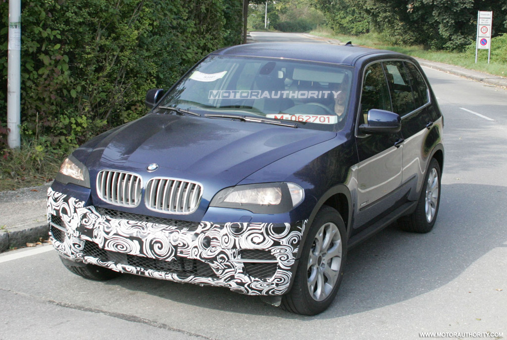 AUTO CARS NEW 2011: 2010 BMW X5 history
