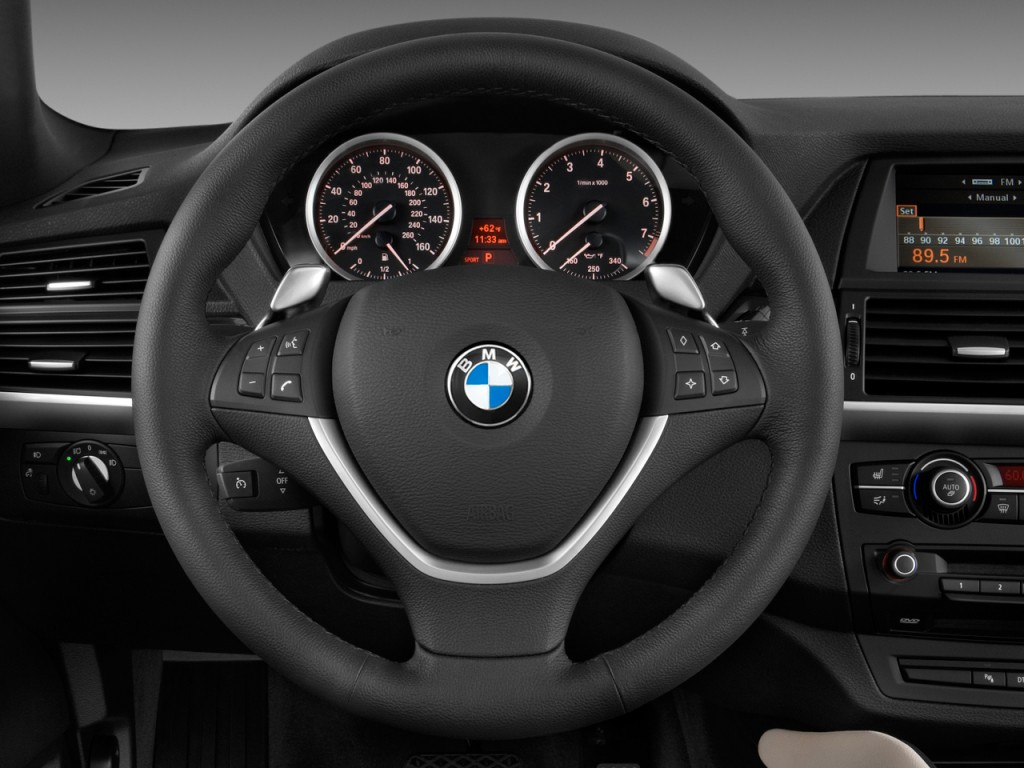 Image 2010 Bmw X6 Awd 4 Door 35i Steering Wheel Size