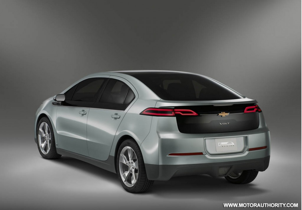 charging the 2011 chevrolet volt what you need to know. Black Bedroom Furniture Sets. Home Design Ideas