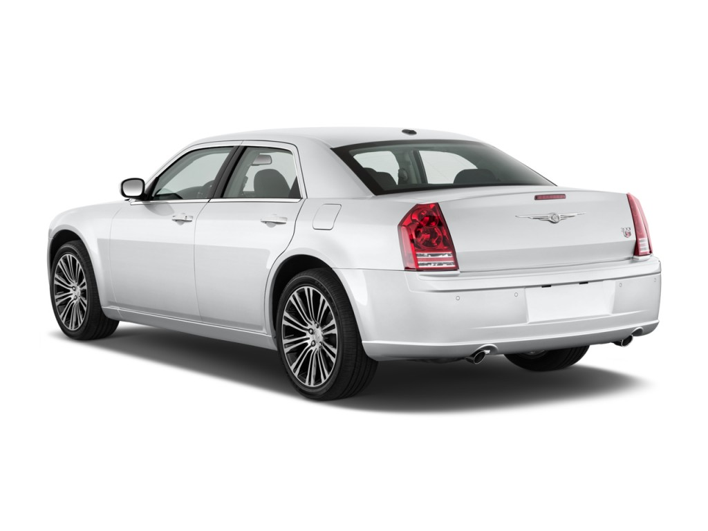 2010 chrysler 300 pictures photos gallery green car reports. Black Bedroom Furniture Sets. Home Design Ideas