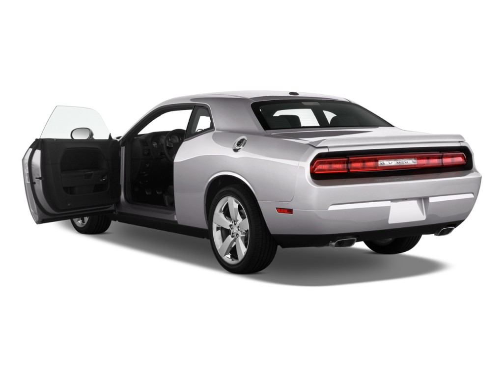 2011 dodge challenger pictures photos gallery motorauthority. Black Bedroom Furniture Sets. Home Design Ideas