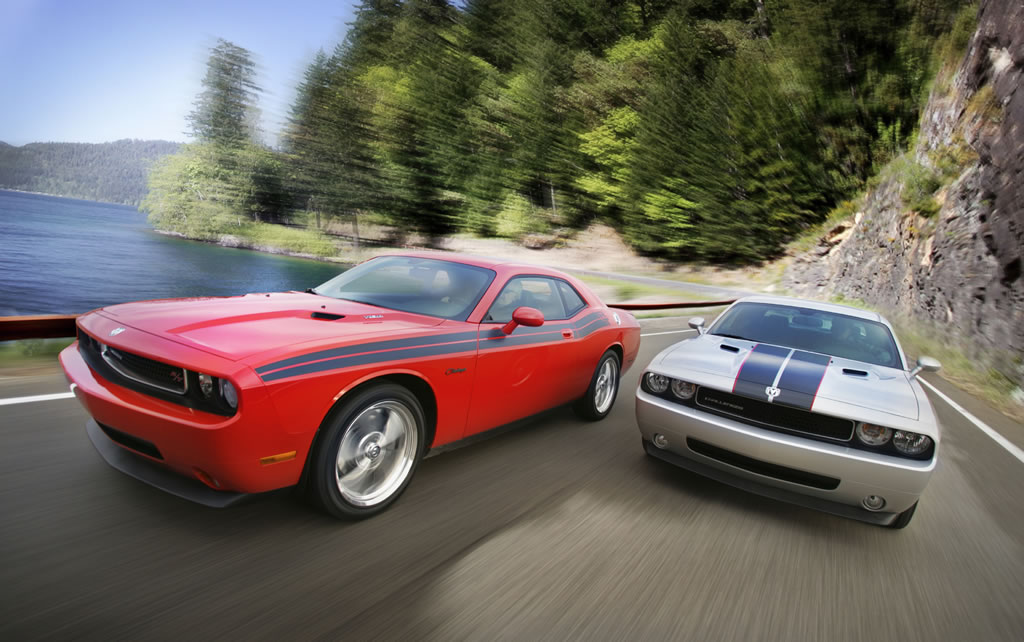Details Of What S New For 2010 Dodge Challenger Se R T
