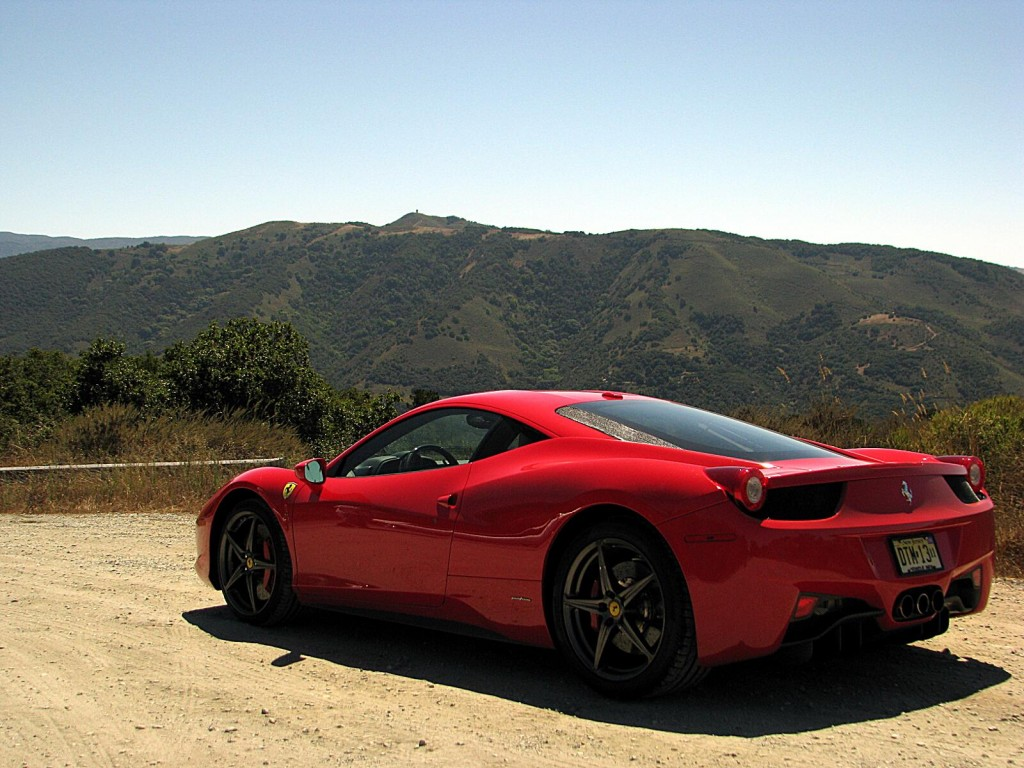 ferrari 458 italia under construction video. Black Bedroom Furniture Sets. Home Design Ideas