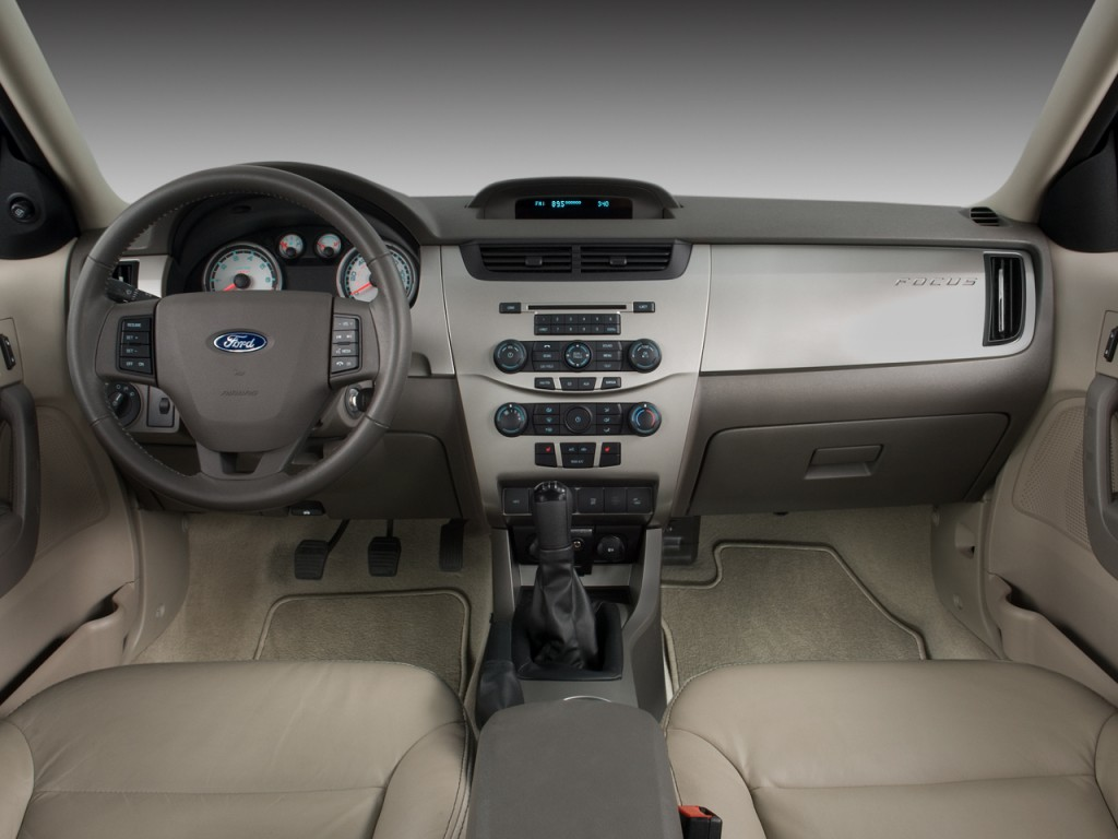 Ford Focus 2010 Sedan Interiorconfession