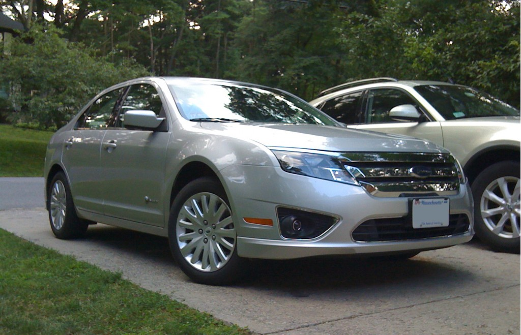 2010 ford fusion pictures photos gallery green car reports. Black Bedroom Furniture Sets. Home Design Ideas