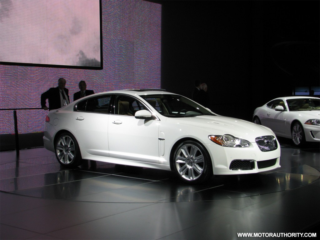 2010 jaguar xf pictures photos gallery green car reports. Black Bedroom Furniture Sets. Home Design Ideas