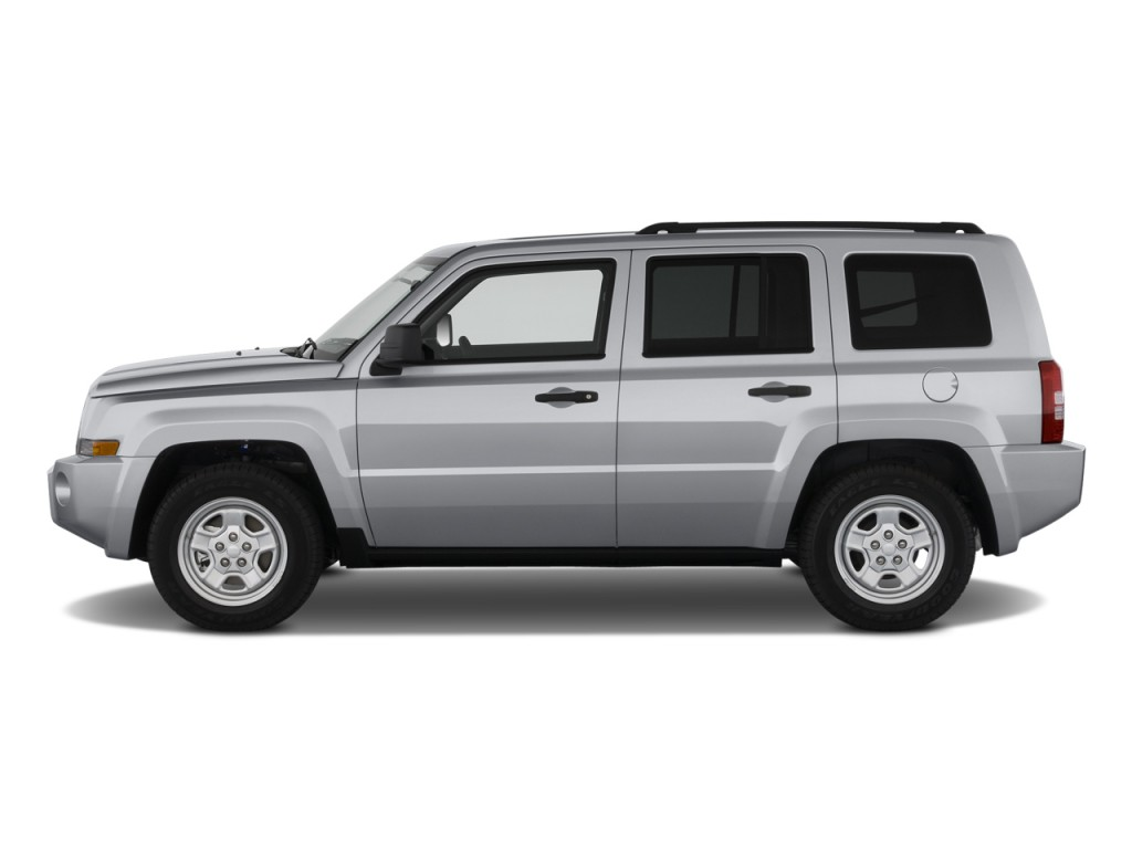 2010 jeep patriot pictures photos gallery the car connection. Black Bedroom Furniture Sets. Home Design Ideas