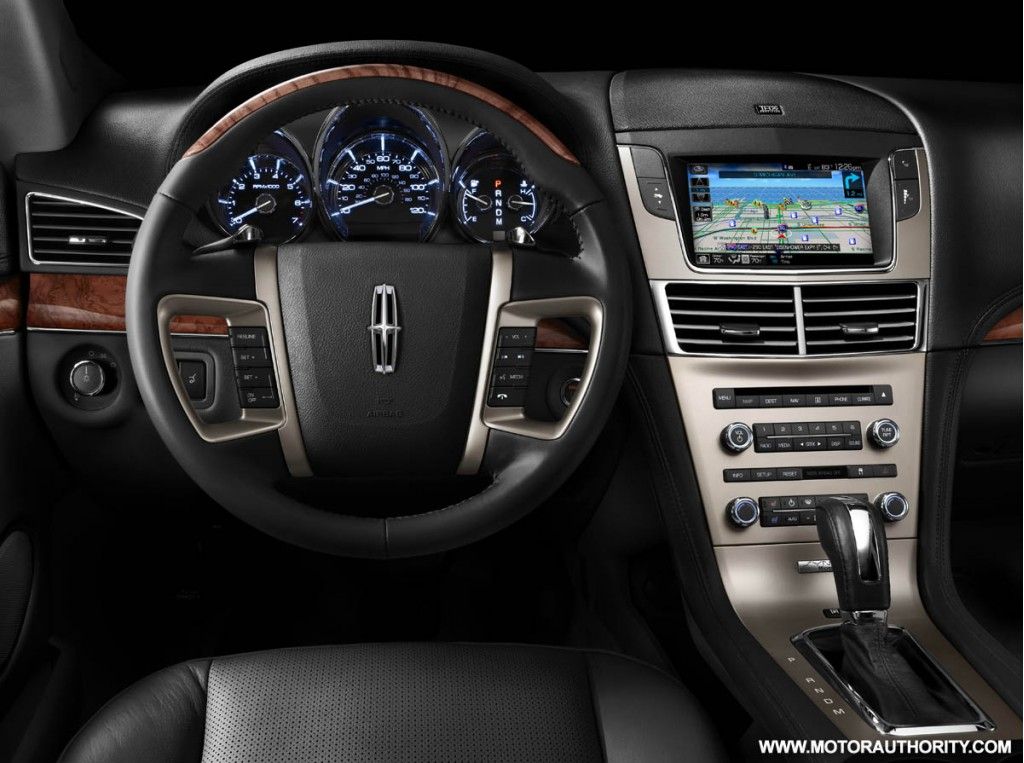 Lincoln Mkt. 2010 Lincoln MKT - Photo