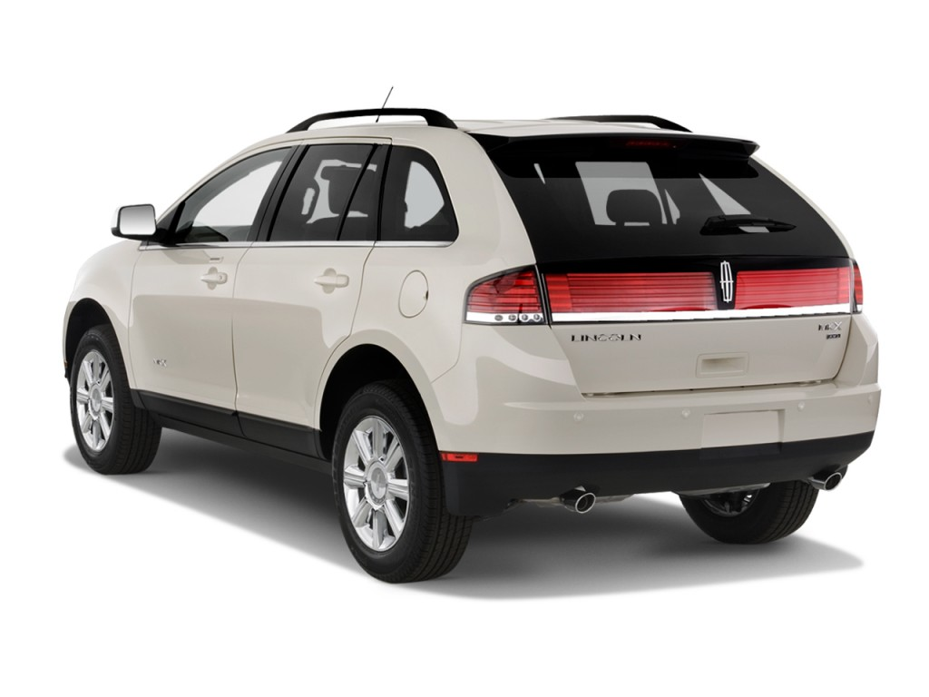 2015 lincoln mkt introduction autos post for Exterior rear house doors