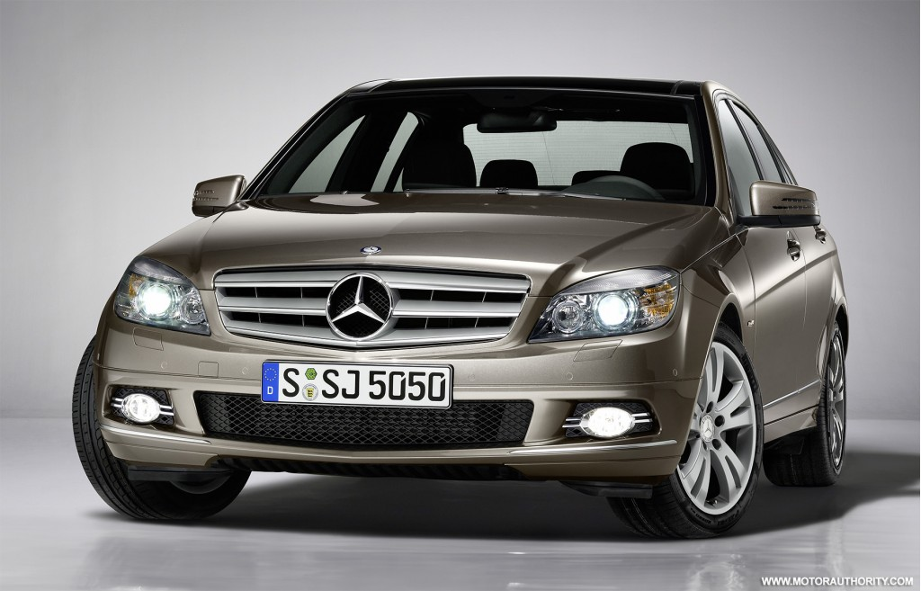 Mercedes benz offers new special edition trim for c class for Mercedes benz 2010 c class
