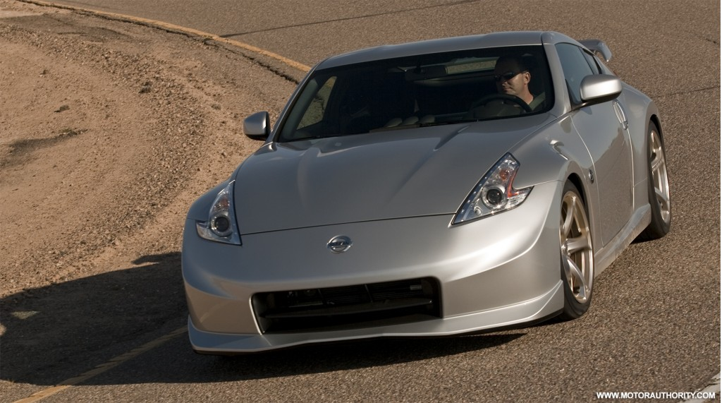 nissan prices nismo 370z from 39 130. Black Bedroom Furniture Sets. Home Design Ideas