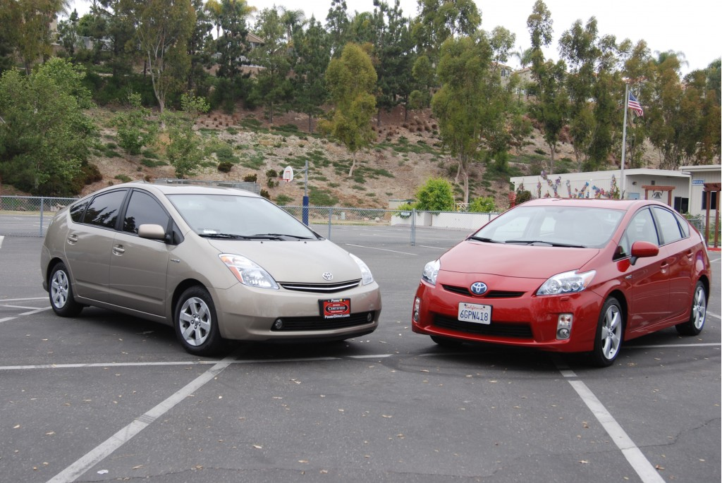 2010 toyota prius pictures photos gallery green car reports. Black Bedroom Furniture Sets. Home Design Ideas