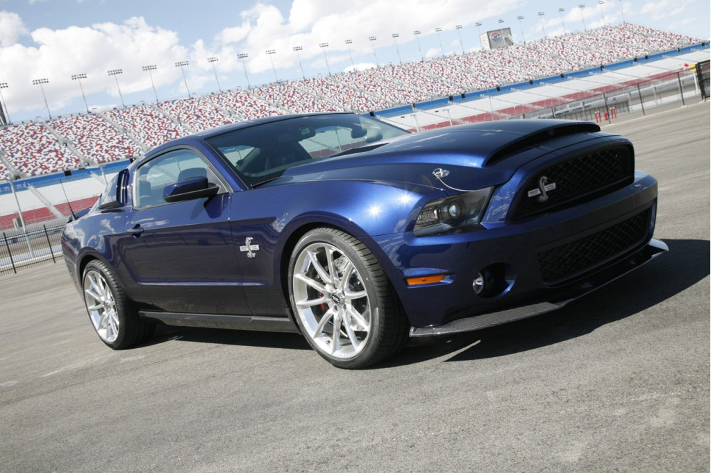800 hp 2012 ford shelby super snake new york auto show preview. Black Bedroom Furniture Sets. Home Design Ideas