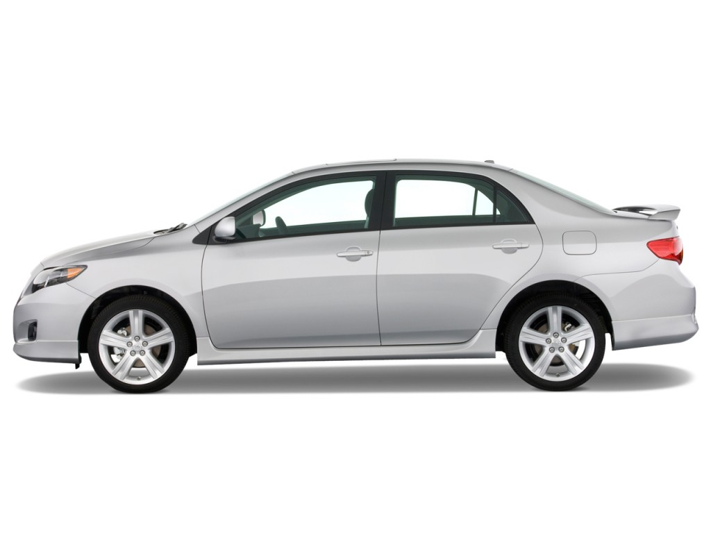 Image: 2010 Toyota Corolla 4-door Sedan Auto XRS (Natl ...