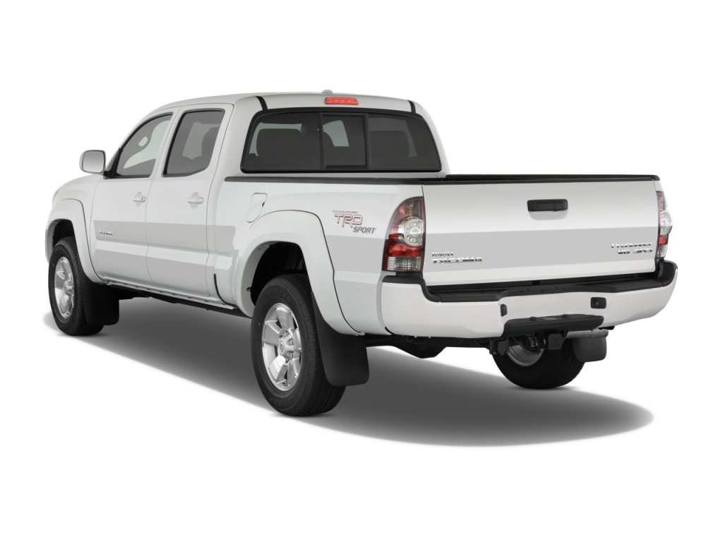 2010 toyota tacoma pictures photos gallery the car connection. Black Bedroom Furniture Sets. Home Design Ideas