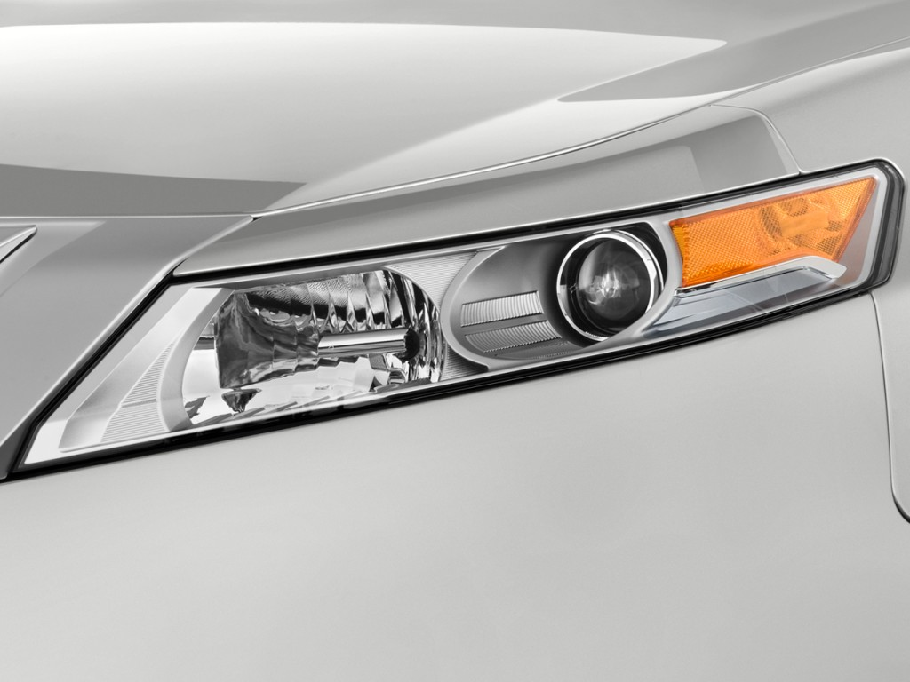 2011 Acura TL Car Front Light