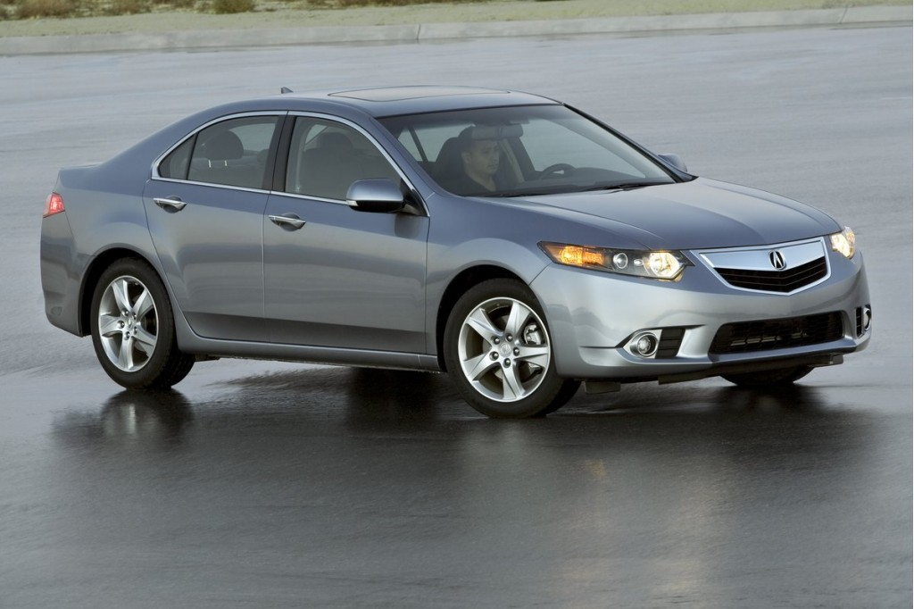 2011 acura tsx gets nav upgrade higher mpg quieter interior. Black Bedroom Furniture Sets. Home Design Ideas