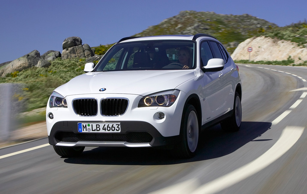 2011 bmw x1 makes public debut. Black Bedroom Furniture Sets. Home Design Ideas
