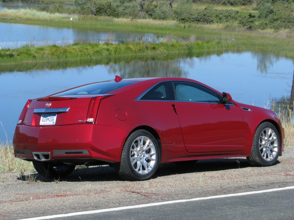 2011 cadillac cts pictures photos gallery green car reports. Black Bedroom Furniture Sets. Home Design Ideas